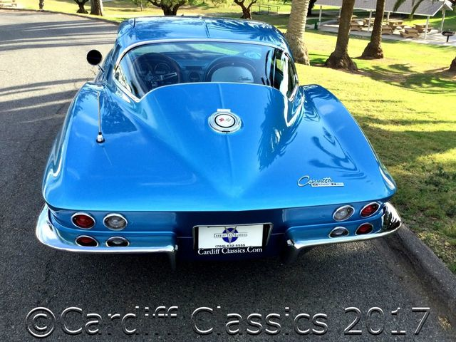 1965 Chevrolet Corvette Stingray  - Click to see full-size photo viewer