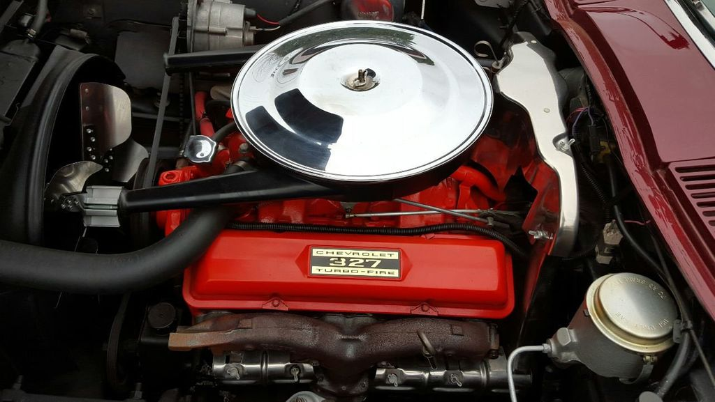 1965 Chevrolet Corvette Stingray - 14686656 - 9