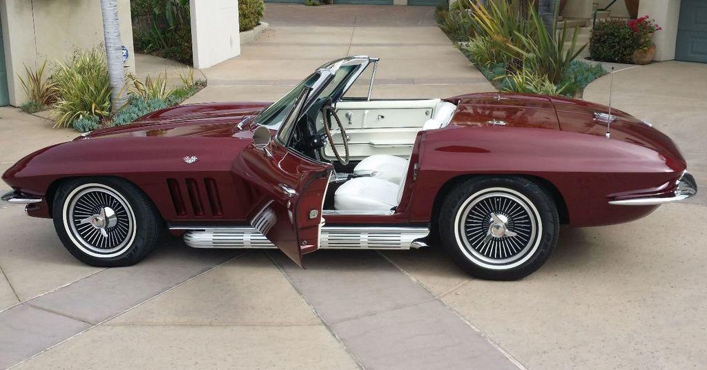 1965 Chevrolet Corvette Stingray - 14686656 - 22