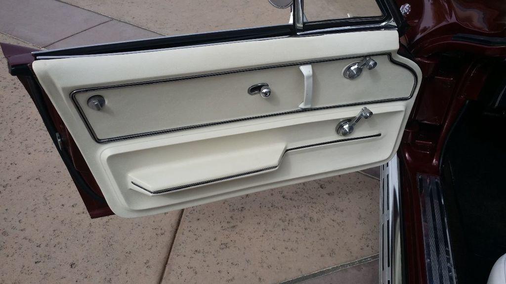 1965 Chevrolet Corvette Stingray - 14686656 - 25