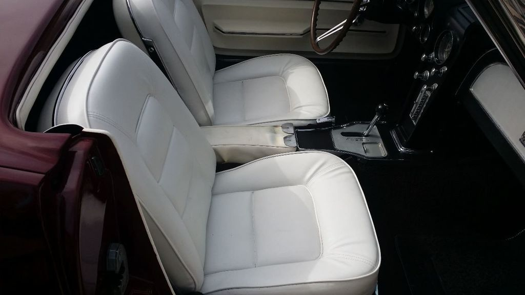 1965 Chevrolet Corvette Stingray - 14686656 - 36