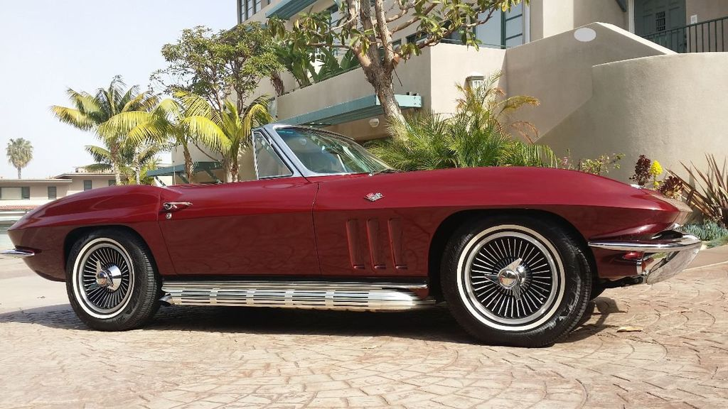 1965 Chevrolet Corvette Stingray - 14686656 - 8
