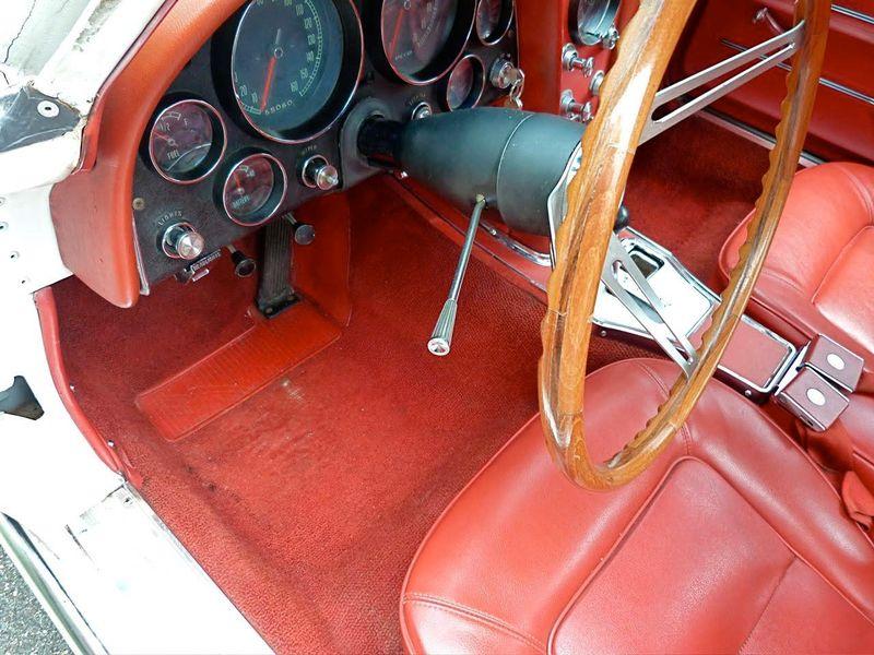 1965 Chevrolet Corvette Survivor - 6127209 - 24