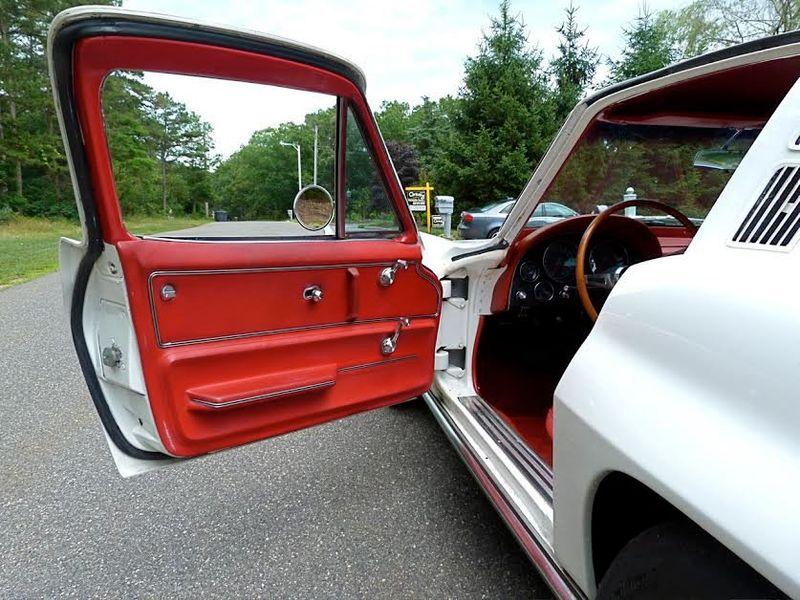 1965 Chevrolet Corvette Survivor - 6127209 - 32