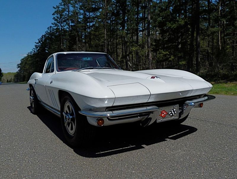1965 Chevrolet Corvette Survivor - 6127209 - 3