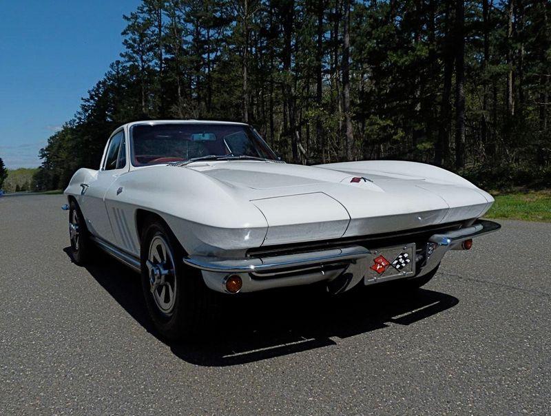 1965 Chevrolet Corvette Survivor - 6127209 - 3
