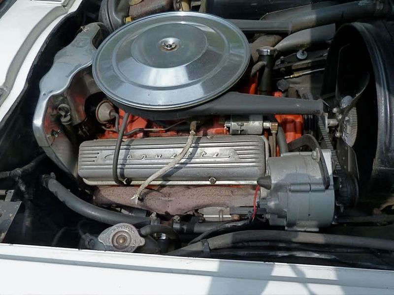 1965 Chevrolet Corvette Survivor - 6127209 - 40