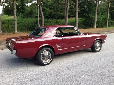 1965 Ford Mustang Mustang Coupe - Click to see full-size photo viewer