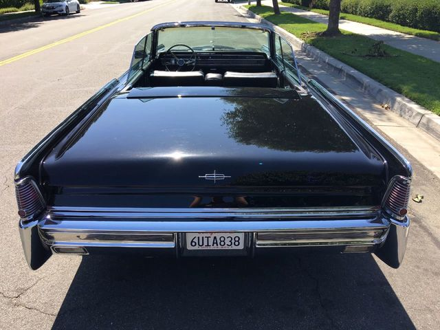 1965 Lincoln Continental  - Click to see full-size photo viewer