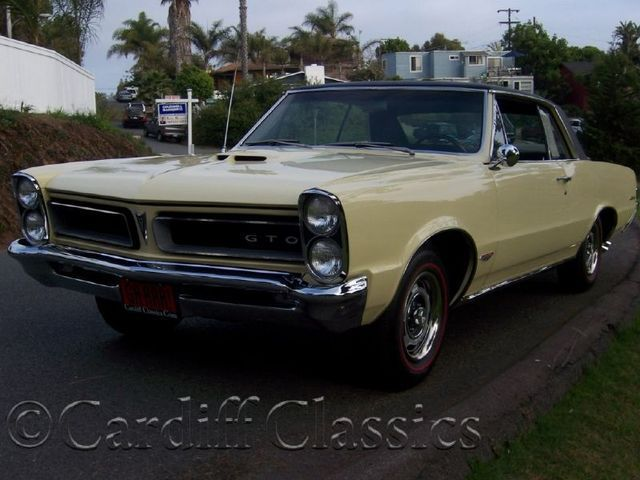 1965 Pontiac GTO Hardtop - Click to see full-size photo viewer