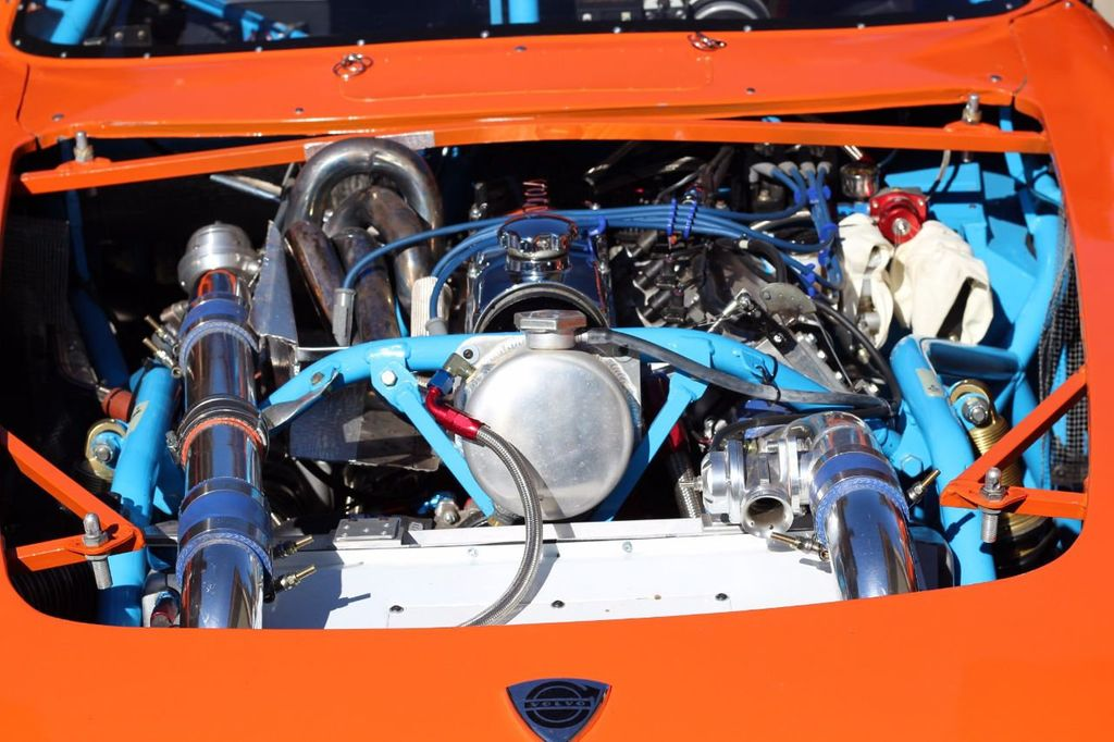 1965 Volvo 1800 RACE CAR REDUCED - 17641796 - 23