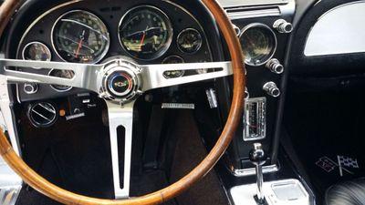 1966 Chevrolet CORVETTE Corvette Stingray - Click to see full-size photo viewer