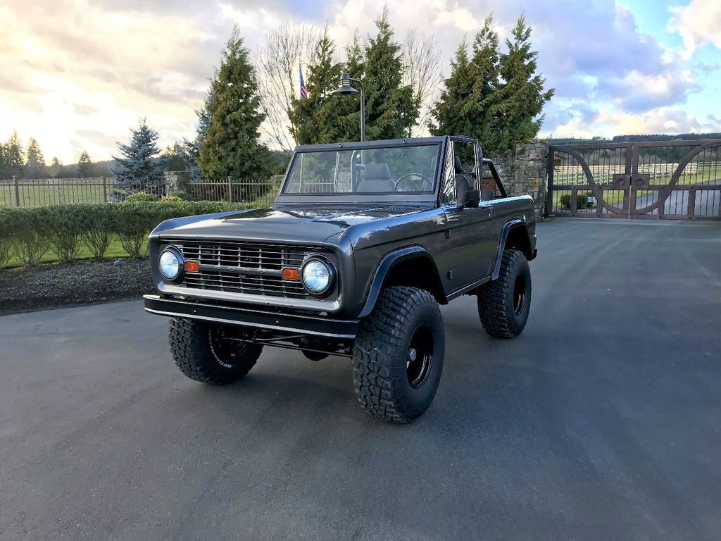 1966 Ford Bronco Fuel Injected 5.0 V8, 5sd, PS, Power Disc Brakes! - 17060331 - 1