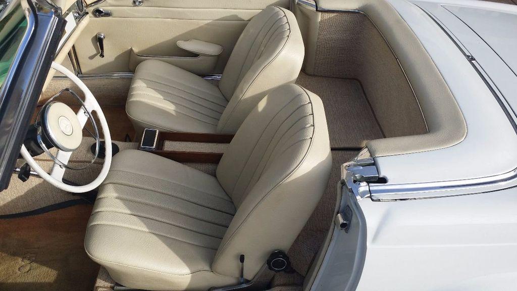 1966 Mercedes-Benz 230 SL  - 15779996 - 17