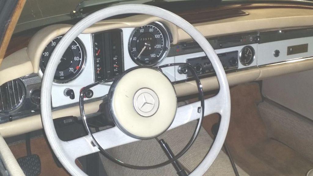 1966 Mercedes-Benz 230 SL  - 15779996 - 32