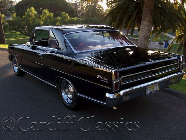 1966 Pontiac Acadian Canso Sport Deluxe - Click to see full-size photo viewer