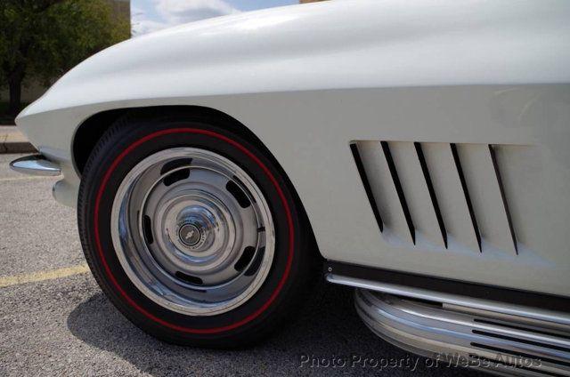 1967 Chevrolet Corvette Convertible - 16066767 - 19