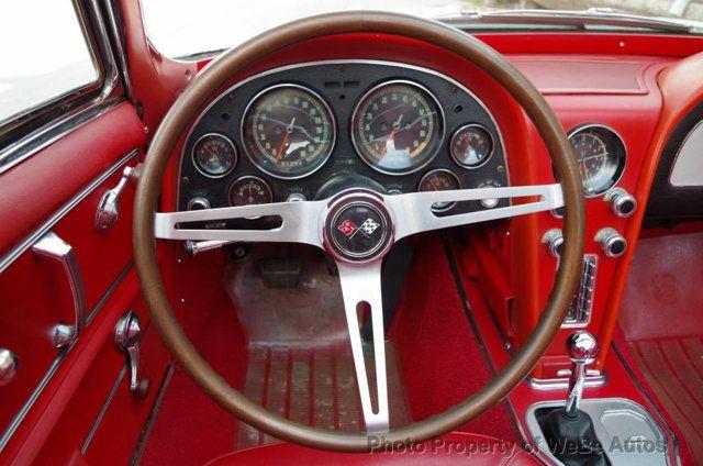 1967 Chevrolet Corvette Convertible - 16066767 - 34
