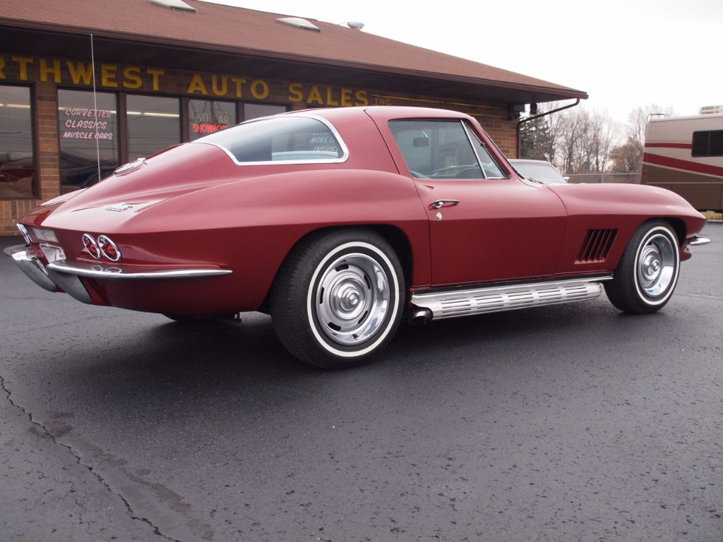1967 Chevrolet Corvette Stingray - 17104572 - 3