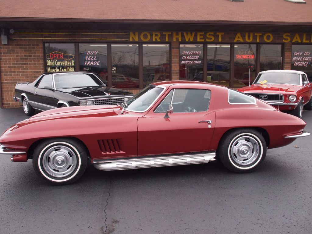 1967 Chevrolet Corvette Stingray - 17104572 - 70