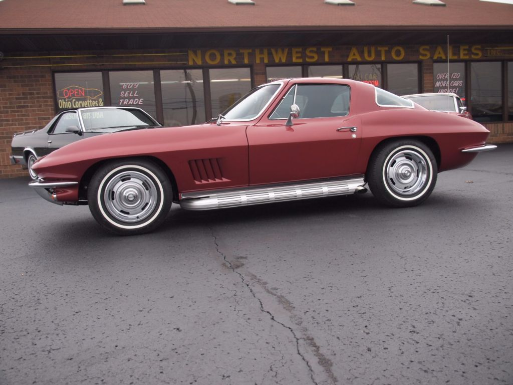 1967 Chevrolet Corvette Stingray - 17104572 - 71