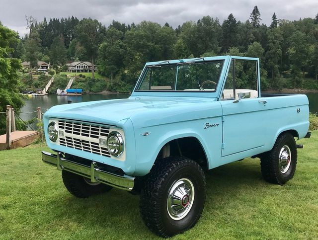 1967 Ford Bronco LUBR! 302 V8, Power Steering and Disc Brakes!  - 17785181 - 1