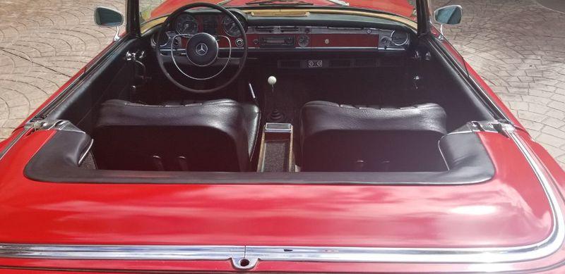1967 Mercedes-Benz 250SL  - 17921585 - 32