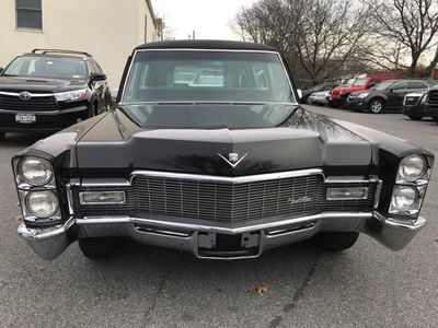 1968 Cadillac Fleetwood Miller Meteor Coach Hearse - Click to see full-size photo viewer