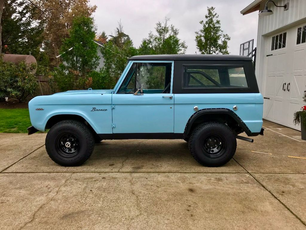1968 Ford Bronco  - 16987420 - 9