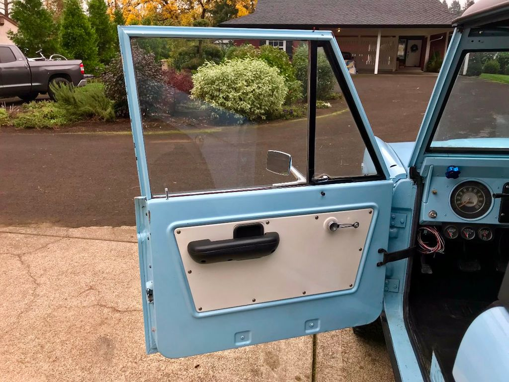 1968 Ford Bronco  - 16987420 - 17