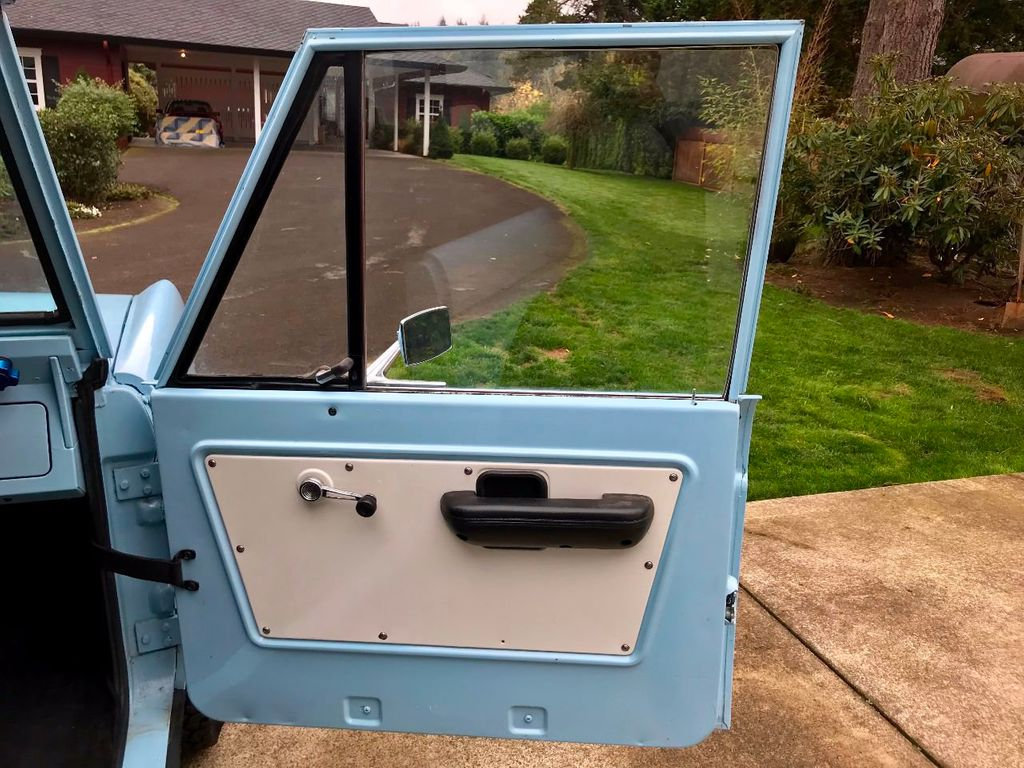 1968 Ford Bronco  - 16987420 - 18