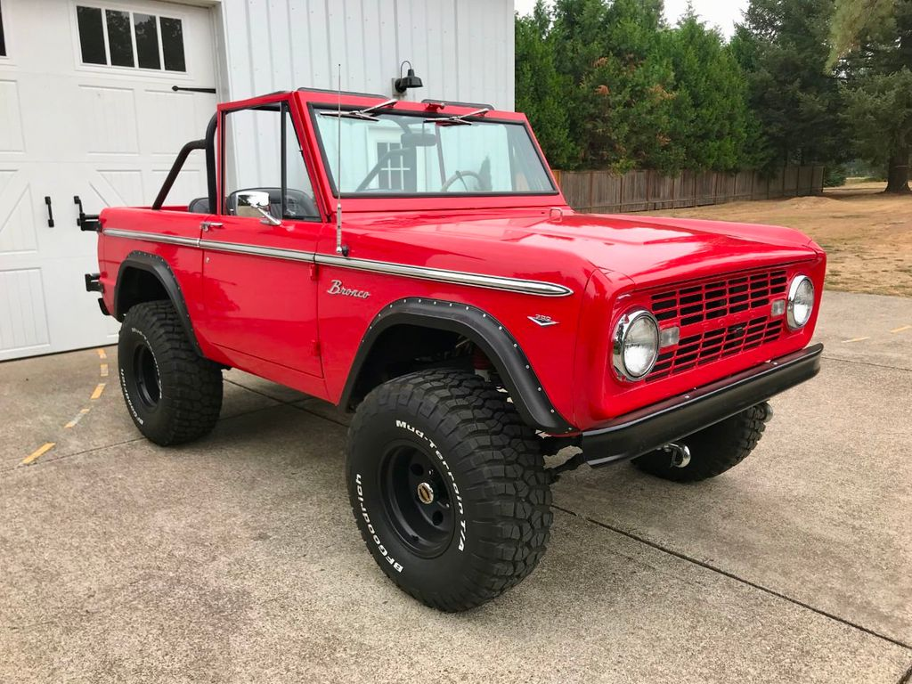 1968 Ford Bronco V8, Automatic, 4 Wheel Disc Brakes, Power Steering!  - 17886093 - 1