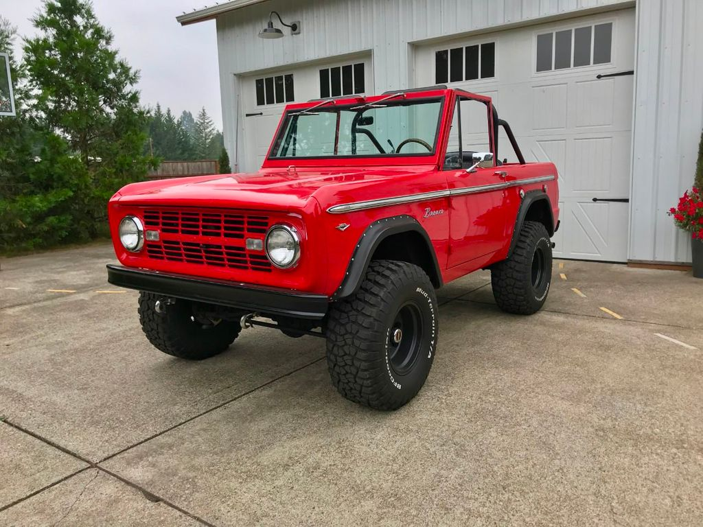 1968 Ford Bronco V8, Automatic, 4 Wheel Disc Brakes, Power Steering!  - 17886093 - 3