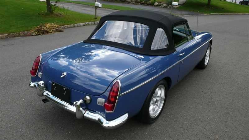 1968 MG MGB RESTORED SHOW CAR - 7795495 - 2