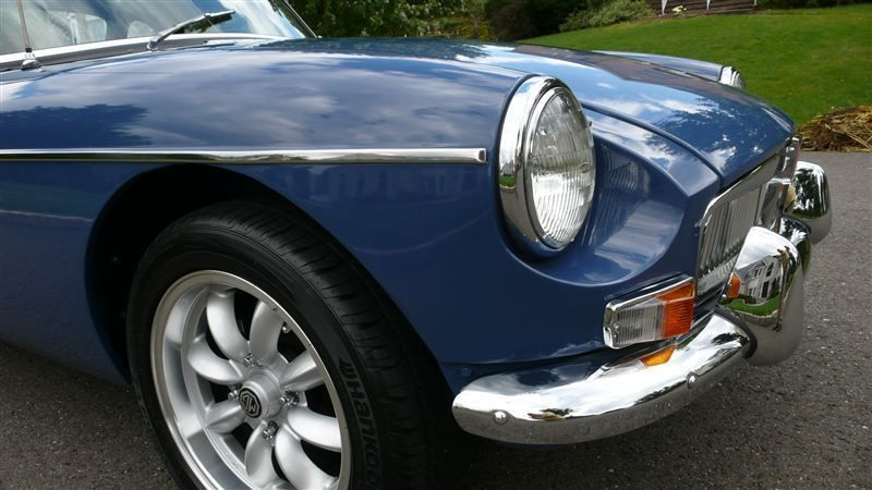 1968 MG MGB RESTORED SHOW CAR - 7795495 - 29