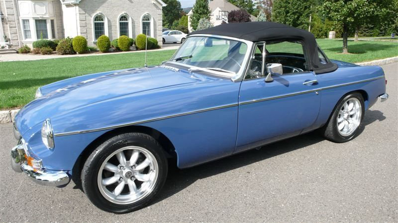 1968 MG MGB RESTORED SHOW CAR - 7795495 - 62