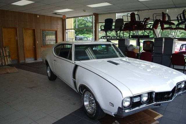 1968 Oldsmobile Cutlass Coupe for Sale Bellmore, NY - $20,000 - Motorcar com