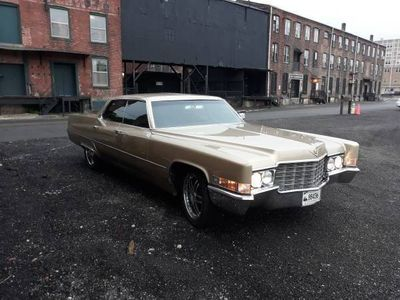 1969 Cadillac DeVille  - Click to see full-size photo viewer