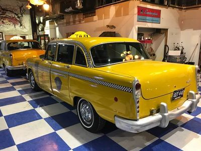 1969 Checker Marathon Cab - Click to see full-size photo viewer