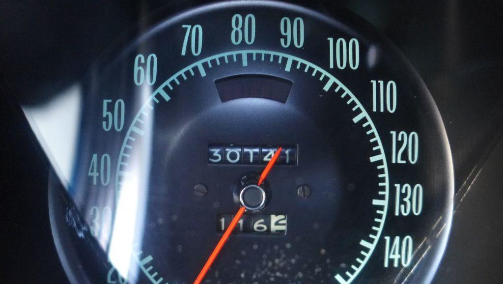 1969 Chevrolet Corvette  - 18908509 - 31