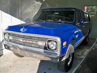 1969 Chevrolet Suburban Base - Click to see full-size photo viewer