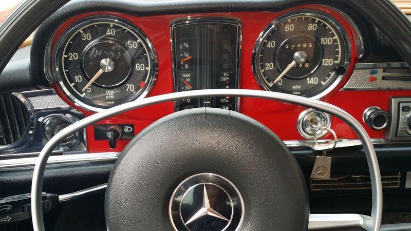 1969 Mercedes-Benz 280SL SOLD - 16577656 - 17