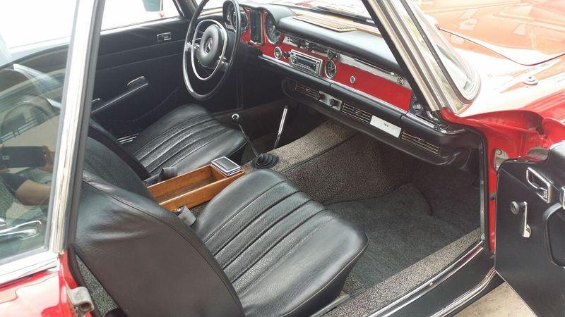 1969 Mercedes-Benz 280SL SOLD - 16577656 - 24