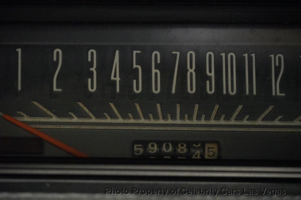 1969 Plymouth Road Runner Resto-mod 528 HEMI  - 16634647 - 32