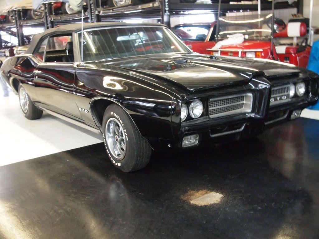 1969 Pontiac GTO  - 16670618 - 24