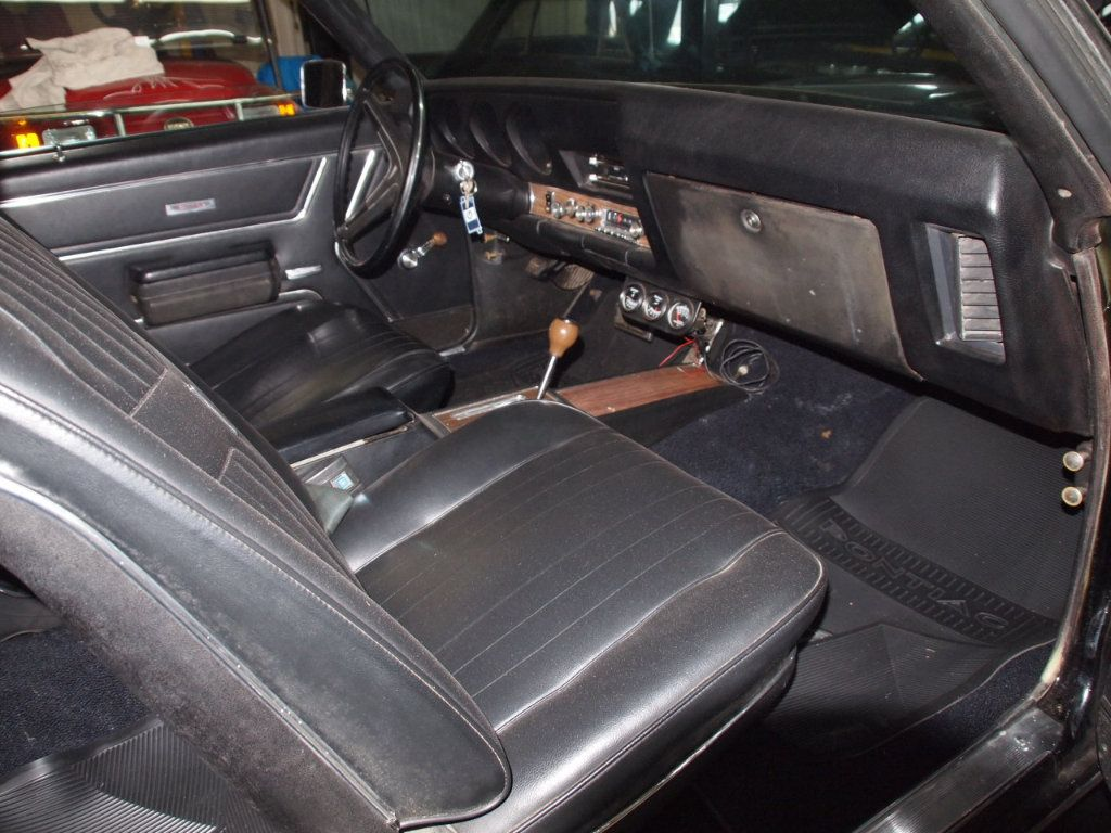 1969 Pontiac GTO  - 16670618 - 28