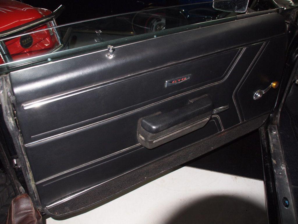 1969 Pontiac GTO  - 16670618 - 38