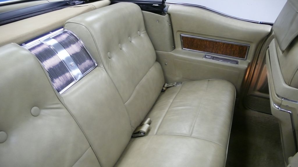 1970 Cadillac DEVILLE coupe - 9609391 - 26