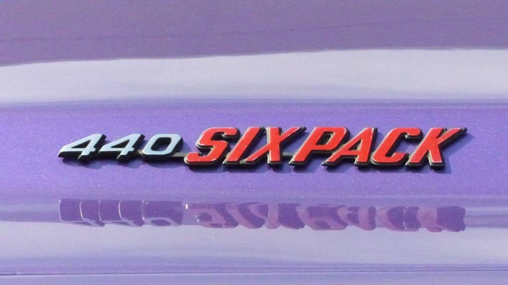 1970 Dodge Challenger R/T  - 18908445 - 99
