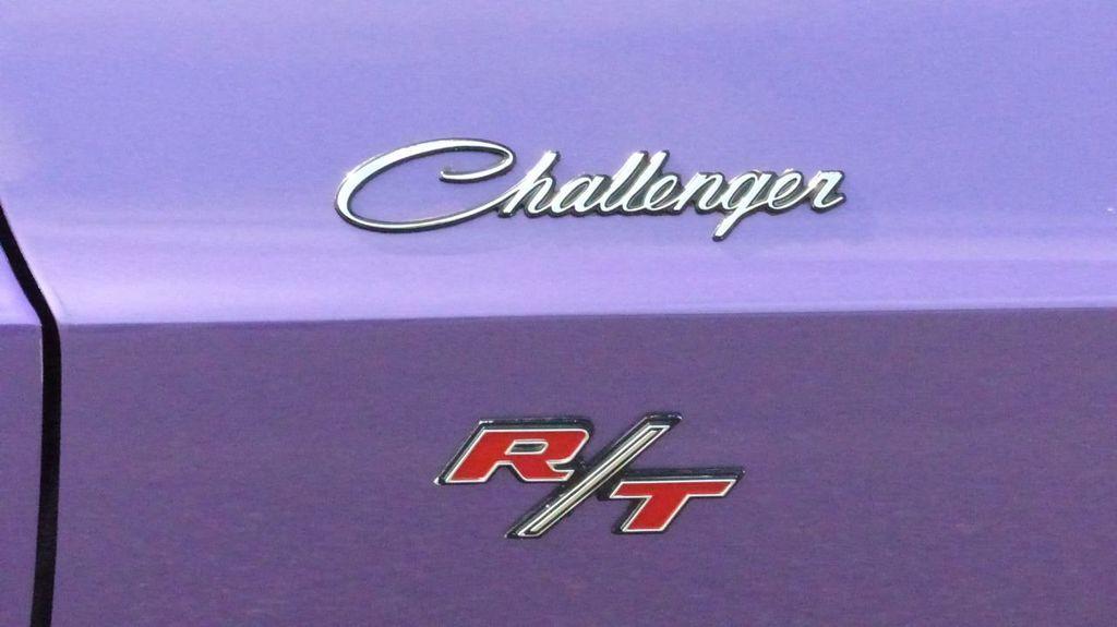 1970 Dodge Challenger R/T  - 18908445 - 54